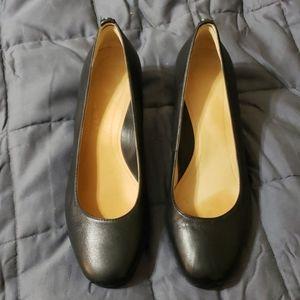 Nurture block heels size 8